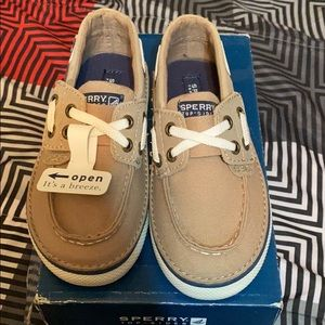 Boys 8.5 Sperry Top-Sider shoes